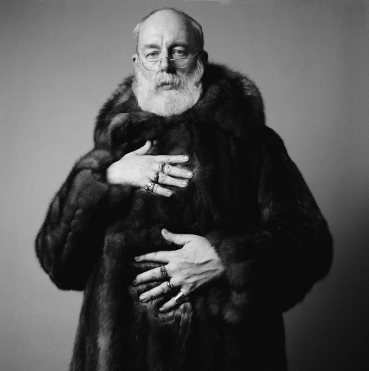 Edward-Gorey-in-fur