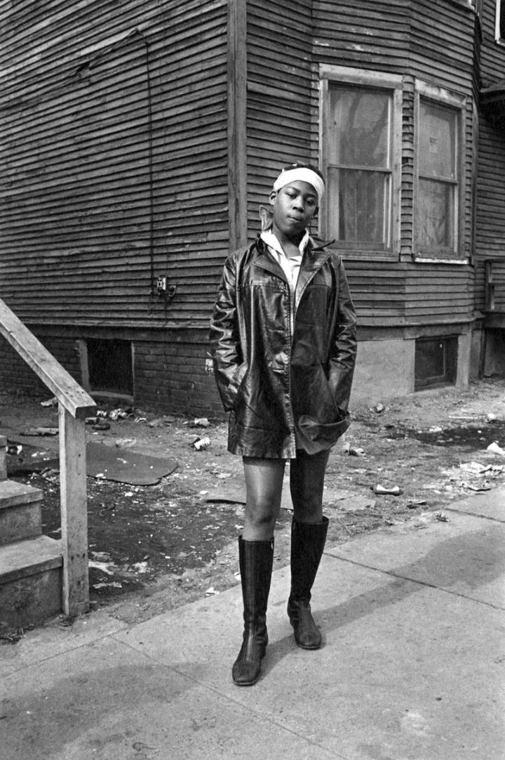 en-012-young-woman-on-a-street-detroit-1968-web
